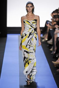 Monique Lhuillier Spring 2012 Ready-to-Wear Fashion Show
