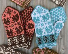 Ravelry: Squirrels and acorns mittens pattern by Takeko Tanabe Mittens Pattern, Knit Mittens, Mitten Gloves, Knitting Charts, Knitting Patterns, Wrist Warmers, Acorn, Knitting Projects, Fiber Art