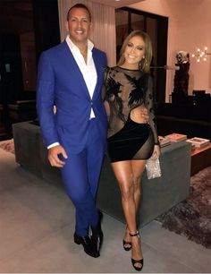 Jennifer Lopez and Alex Rodriguez celebrate their birthdays at joint party. Jennifer Lopez and Alex Rodriguez celebrated their birthdays at a joint party over the weekend. Jennifer Lopez Cumpleaños, Jennifer Lopez Birthday, Alex Rodriguez, J Lo Fashion, Look Fashion, Gypsy Fashion, Fashion Tips, Dress Fashion, Tokyo Fashion