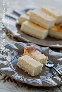 old-fashioned cheesecake, sernik tradycyjny, sernik na kruchym spodzie, sernik klasyczny, sernik Nigelli Lawson