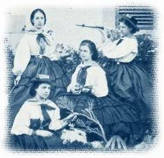 Sissi à Madère, avec Mathilde Windischgrätz, Lily Hunyadi (ses dames d'honneur), et sa soeur Hélène (à ses pieds) .