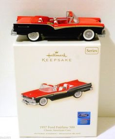 CAR COLLECTOR VALENTINE GIFT! 2007 Hallmark Ornament 1957 FORD FAIRLANE 500 Classic American Car #17