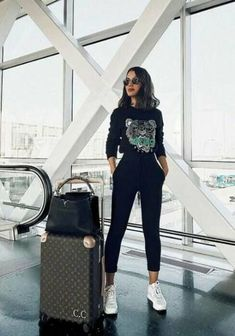 Trendy Outfit Ideas Casual You Should Already Own outfit ideas casual, Women Fashion, Women Outfits, Casual Travel Outfit Ideas Casual Travel Outfit, Airport Travel Outfits, Travelling Outfits, Airport Clothes, Summer Airport Outfit, Cute Travel Outfits, Travel Outfit Summer, Airport Fashion, Trendy Outfits