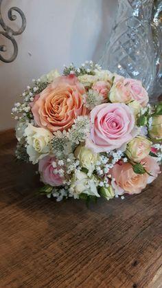 Brautstrauß pastell rose, apricot,  ivory
