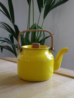 Arabia/ Wartsila Teapot