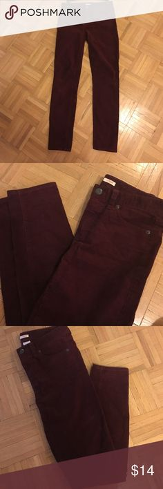 J.Crew Maroon Corduroy Jeans Pants Size 25. Classic j.crew 'toothpick' style.  Worn a couple times. Beautiful maroon/ burgundy color. Great for fall/ winter. J. Crew Jeans Straight Leg