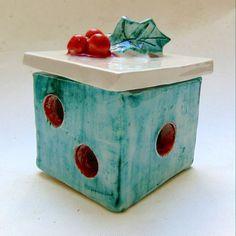 Sweet Little Gems: Christmas Ceramic Present Gift Box