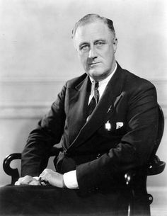 Portrait of President Franklin D Roosevelt, first official photograph, (Photo by PhotoQuest/Getty Images) Franklin Roosevelt, Us History, American History, John Q, Presidential Portraits, Dhoni Wallpapers, Franklin Delano, Jimmy Carter, Historia
