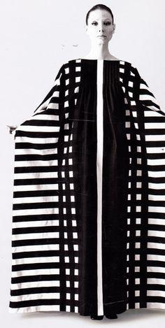 Stripes #marimekko #stripes #blackandwhite | More here: http://mylusciouslife.com/pinterest-stripes-polka-dots-and-pom-poms/