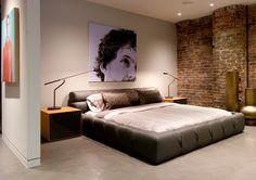 Bedroom Interior Design for Men  - voor meer slaapkamer inspiratie kijk ook eens op http://www.wonenonline.nl/slaapkamers/