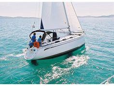Neues Jahr, neuer Wind – neuer Wind zum #Segeln. Schmieden Sie auch schon Urlaubspläne? Es gibt so viel zu erleben und entdecken beim #Segeln, wo soll's denn hingehen? Sailboat Charter, Bavaria, Sailing Yachts, Vehicles, Boats, Sailing, Caribbean, Croatia, Greece