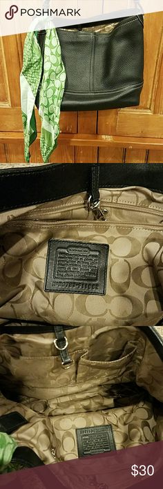 Coach black leather purse Excellent condition.  Clean inside.  No signs of wear.  Comes with green Coach scarf.  100% authentic Coach Bags Shoulder Bags