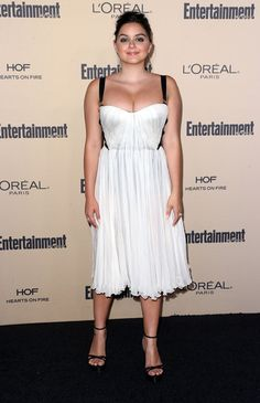 Actress Ariel Winter attends the 2015 Entertainment Weekly Pre-Emmy Party at the Fig & Olive Melrose Place on September 18, 2015 in West Hollywood, California.