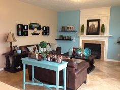 Family living room colors