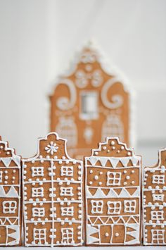 Old Cape Dutch Gingerbread houses and biscuits by LionHeart Holiday Fun, Holiday Ideas, Christmas Ideas, Christmas Decorations, Holiday Decor, Cape Dutch, Dutch House, Dessert Decoration, Birthday Treats