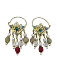 Articolo AYE471a - Ethnic earrings of Indian handicraft in silver and vermeil with semiprecious stones both set and dangling.