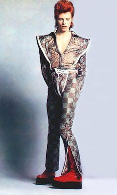 ZIGGY STARDUST David Bowie a creative game changer in music and fashion helped pave the way for CLUB KIDS GOTH KIDS STYLE