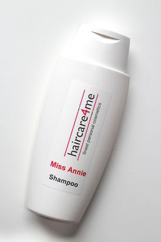 Personalisiertes Shampoo von Haircare4me For the whole product review visit: www.miss-annie.de/personalisiertes-shampoo-von-haircare4me #beauty #blogger #beautyblogger