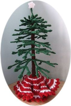 Crochet Christmas tree ~ Day 24 ~ free pattern