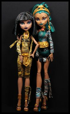 Monster High Cleo and Neferra DeNile