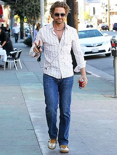 Butler plays it cool while heading to lunch in West Hollywood. Actor Gerard Butler, Fame Game, Poster Boys, Star Track, Men In Kilts, Hot Actors, Character Modeling, Irish Men, To My Future Husband