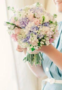 pastel-wedding-ideas-14-03262015-ky