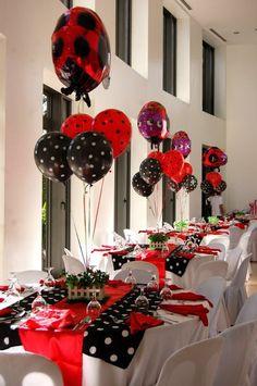 Lindos centros de mesa para una fiesta de catarinas :: Nice centerpieces for a ladybug party