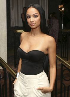 She's widely known for never putting a fashion foot wrong, but actress Draya Michele suffered a tiny fashion fail when she flaunted her bikini strap tan lines at the Fashion Setters Gala. Dope Outfits, Simple Outfits, Classy Outfits, Fashion Outfits, Fashion Fail, Love Fashion, Beverly Hills, Draya Michelle, Lauren London