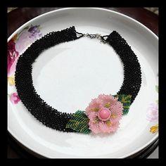 Flower FavorFlower NecklaceBeaded by Girljewelrybox on Etsy