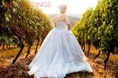 Oregon Wedding Photographer, bridal portraits, vera wang wedding, posing ideas, vineyard wedding, winery wedding, wedding photography