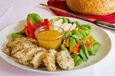 A fresh vegetable salad with seasoned chicken and an orange ginger vinaigrette. Salad Dressing Recipes, Chicken Salad Recipes, Ginger Chicken, Orange Chicken, Dressings, Fried Chicken Breast, Chicken Slices, Spring Salad