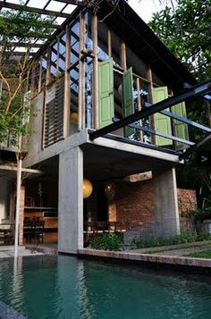Sekeping Tenggiri is a homestay located in Bangsar, Kuala Lumpur, Malaysia. It is originally built in designer and landscape arch. Tropical Architecture, Interior Architecture, Interior And Exterior, Modern Tropical House, Tropical Houses, Villa Design, House Design, Le Ranch, Thai House
