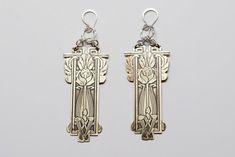 Hey, j'ai trouvé ce super article sur Etsy, chez https://www.etsy.com/fr/listing/219487097/izzie-floral-etched-brass-earrings
