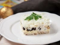 Салат с кукурузой и крабовыми палочками - пошаговый рецепт с фото: Если заправить салат не майонезом, а соусом на его основе – получится особенно вкусно! - Леди Mail.Ru
