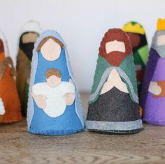 Felt Nativity Set Pattern and Giveaway!!!!