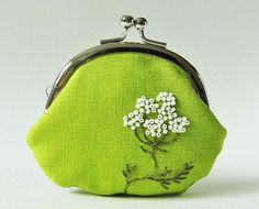 ... for the 'Queen Anne's Lace coin purse in grass green' tag
