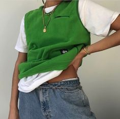 Aesthetic vintage art hoe trendy casual cool edgy grunge outfit fashion style idea ideas inspo inspiration for school for women winter summer green cardigan white t shirt polo baggy jeans Indie Outfits, Retro Outfits, Cute Casual Outfits, Vintage Outfits, Girl Outfits, Fashion Outfits, Fresh Outfits, Stylish Outfits, Summer Outfits