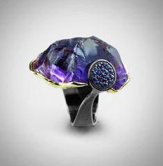 Amethyst, sapphire, silver and gold ring, by German Kabirski. Gems Jewelry, Stone Jewelry, Jewelry Art, Silver Jewelry, Jewelry Design, Silver Rings, Contemporary Jewellery, Modern Jewelry, Handmade Rings