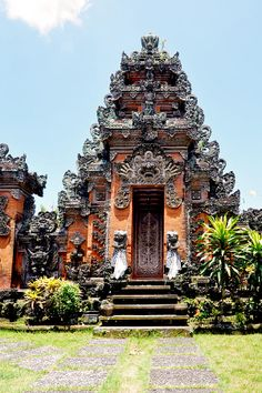 http://images.fineartamerica.com/images-medium-large-5/2-balinese-temple-andrea-peipe.jpg