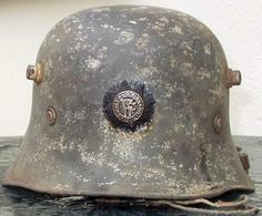 Other Forces - Irish Army helmet. Easter Rising, Army Hat, Defence Force, Irish, Ireland, Helmet, Military Uniforms, History, Badges