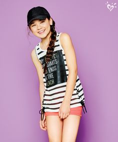 Switch up your look by pairing the Sophie tank with casual-cool accessories.