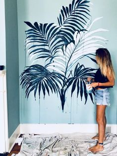 16 Awesome Ideas for DIY Christmas Decorations Art and Craft Wall Painting Decor, Mural Wall Art, Diy Wall Art, Wall Decor, Painting Murals On Walls, Painted Wall Art, Creative Wall Painting, 3d Wall, Painting Art