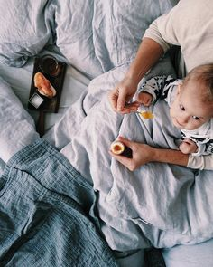 This moment in life when you try to be romantic serve your boyfriend breakfast in bed and then your kid totally takes it over. Life I suppose. Have a lovely weekend! by whatforbreakfast