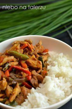 Kurczak z warzywami po chińsku - niebo na talerzu Asian Recipes, Ethnic Recipes, Chow Mein, Food Porn, Food And Drink, Cooking Recipes, Beef, Meals, Dinner