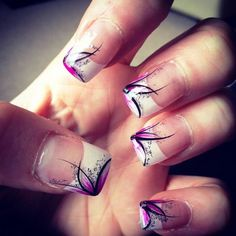 #Feather design   #TheOasisNails #VictoriaBC #YYJ  #VictoriaNails #VictoriaBCNails #YYJnails