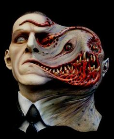 Lovecraft bust: Tormented Life Size Wall Hanger Statue   – Cthulhu Shop
