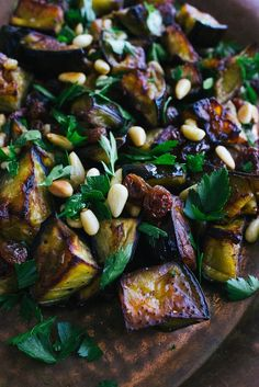 eggplant salad with parsley, sultanas and pine nuts : eggplant / olive oil / salt and pepper / balsamic vinegar / pine nuts / sultanas or raisins / parsley leaves roughly chopped Vegetarian Recipes, Cooking Recipes, Healthy Recipes, Parsley Salad, Eggplant Salad, Roast Eggplant, Eggplant Recipes, Saveur, Soup And Salad