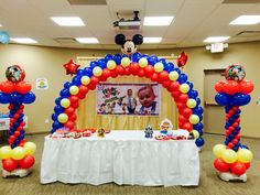 Bloomington Balloon Arches: Central Illinois' Best in Party Entertainment