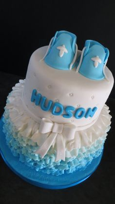 Christening Cake Christening Cakes, Cakes For Men, Boys, Desserts, Crafts, Baptism Cakes, Baby Boys, Tailgate Desserts, Children