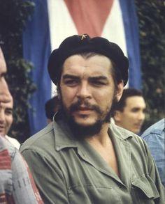 Comandante Ernesto Che Guevara - the Argentine-Cuban guerrilla fighter, revolutionary leader,. Che Guevara Tattoo, Che Guevara Quotes, Journal Photo, Ernesto Che Guevara, Viva Cuba, Fidel Castro, Free Mind, Victoria, Important People